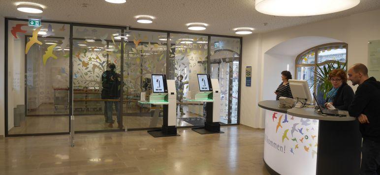 Zwischen RFID und Design Thinking: Die Stadtbücherei Würzburg ist ein Ort der Innovationen [Vortrag]