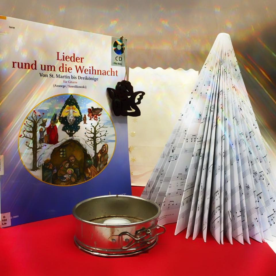 Weihnachtssingen in der Stadtbücherei