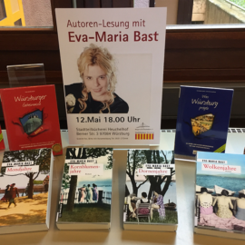 """Auf Spurensuche in der Stadtgeschichte: Eva-Maria Bast liest aus """"Würzburger Geheimnisse"""""""