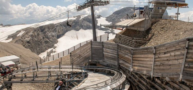 """Fotoausstellung: """"Alpen-Blicke.ch – Die Alpen als Gebrauchs- und Spasslandschaft""""von Hans Peter Jost"""