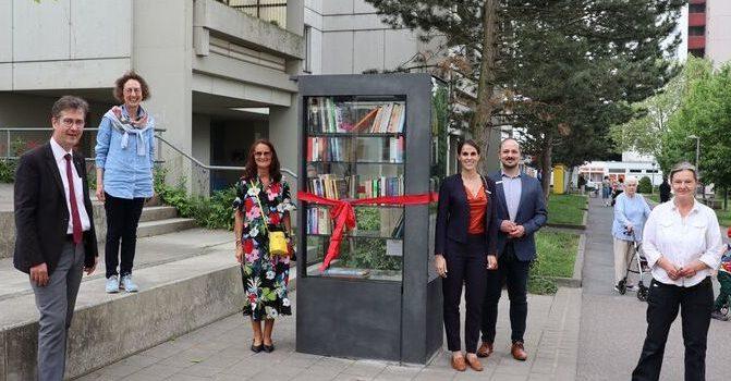 Neuer Bücherschrank im Stadtteil Heuchelhof